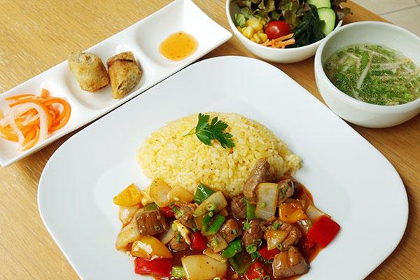 ベトナム風牛肉ご飯